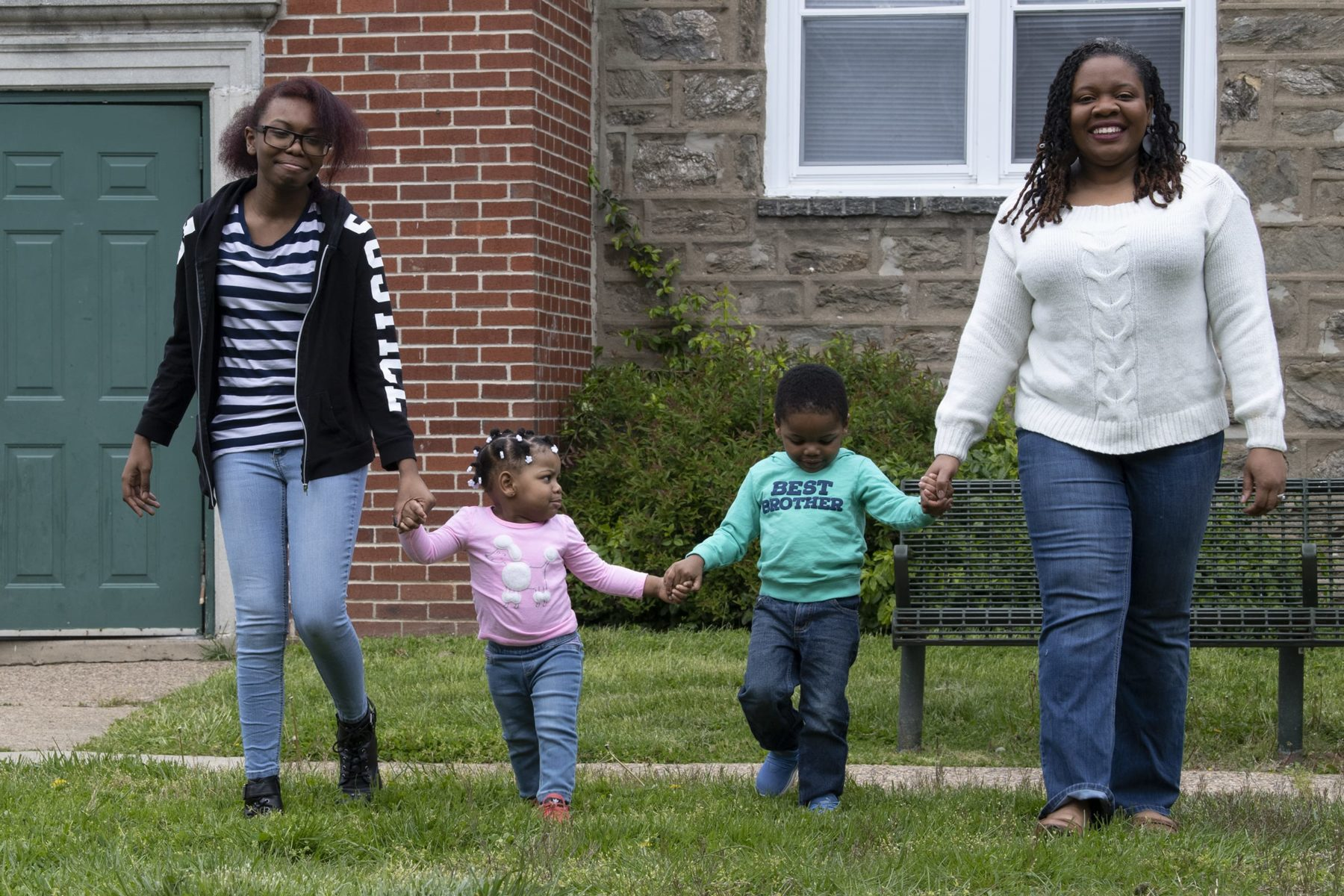 Kyana Hopkins-Thomas and her children